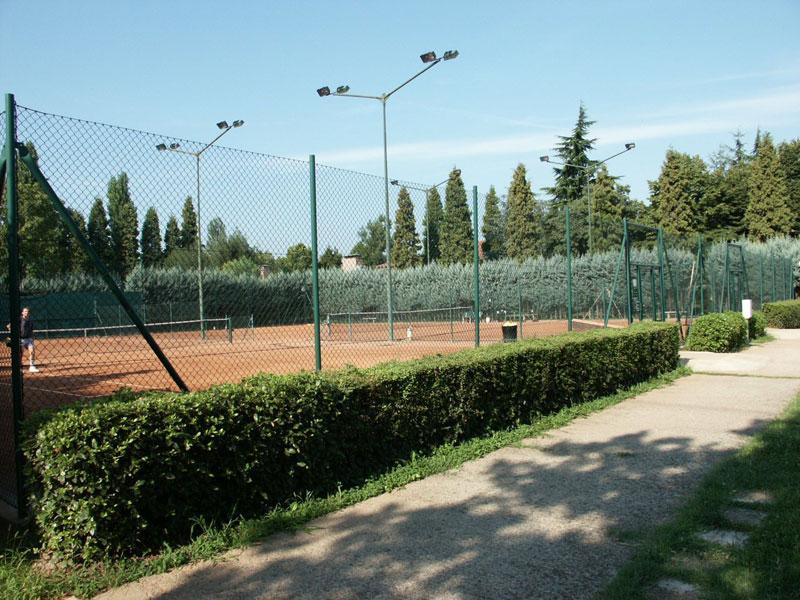 Campo da tennis circolo Polisportiva Pontelungo Bologna