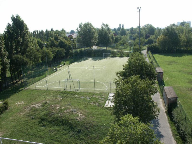Impianti campo di calcio Polisportiva Pontelungo Bologna