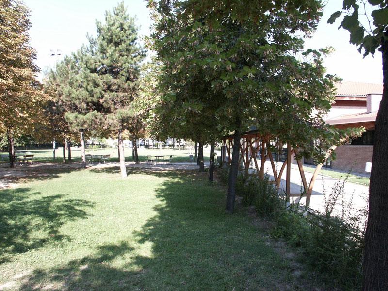 Polisportiva Pontelungo parcheggio esterno bologna